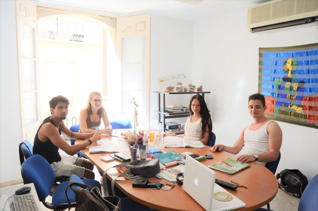 Intensive Spanish course in Malaga 20+10 Campus-Idiomatico-Spanish-courses-in-Malaga-activities-Granada-Sevilla-Cordoba-Tarifa-accommodation-in-Malaga