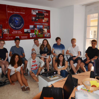 Intensive Spanish course 30 - Campus Idiomático Málaga, Courses for young and old people